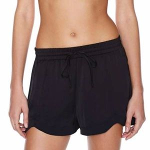 NWT Nasty Gal Sitting Pretty Drawstring Shorts SzM